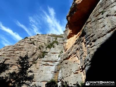Viaje Semana Santa - Mallos Riglos - Jaca; grupo de montaña; montaña madrid;cinco lagunas gredos